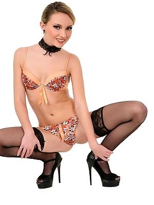 Nataly Von - Sexy Surprise
